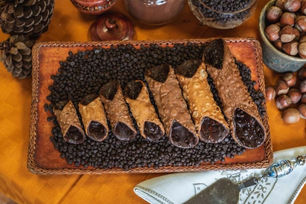Click to enlarge image cannolo5.jpg